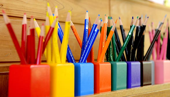 education-pencils-shelf